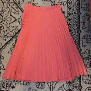 Forever 21 pleated, silky skirt